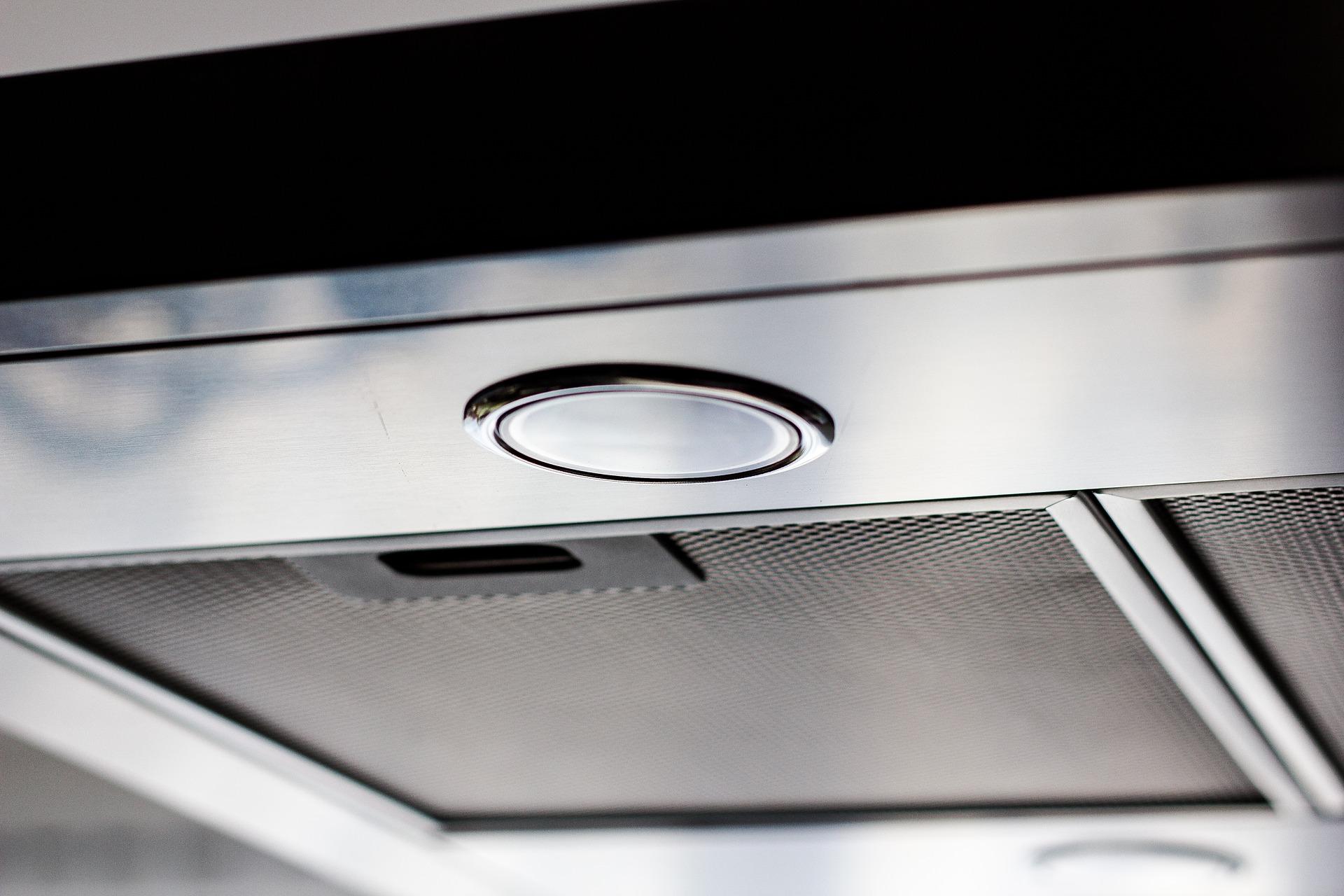 Comment enlever les odeurs de cuisine dans un appartement ?